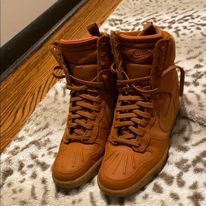 Nike High Top Suede Boot